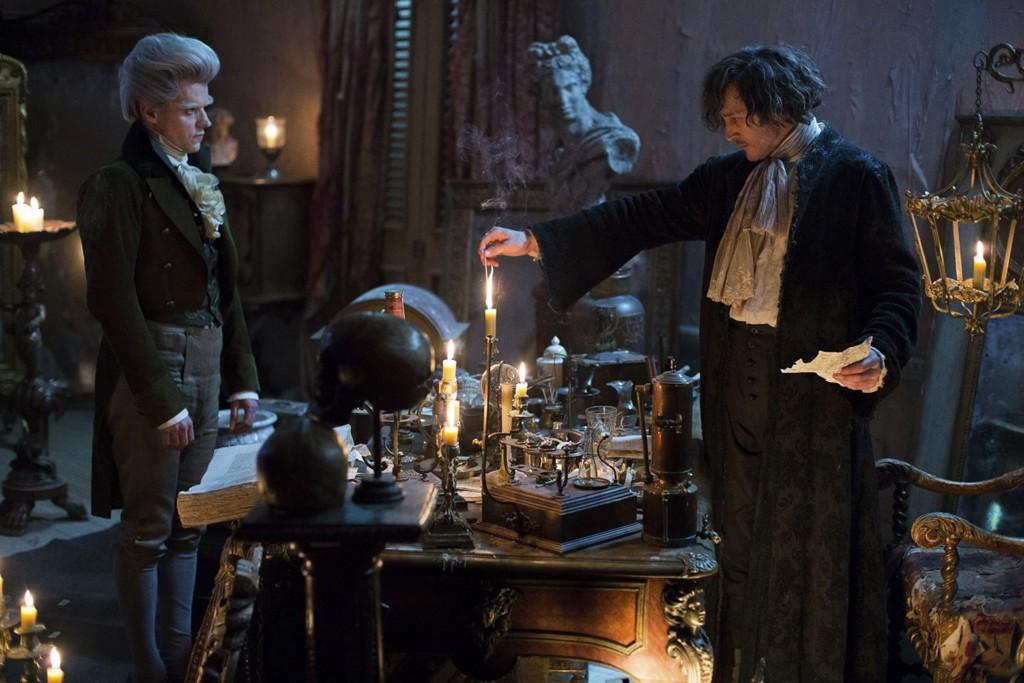 Мистер Стрендж желает завести себе эльфа-слугу. Но в мире Сюзанны Кларк еще неизвестно, кто кому должен служить.