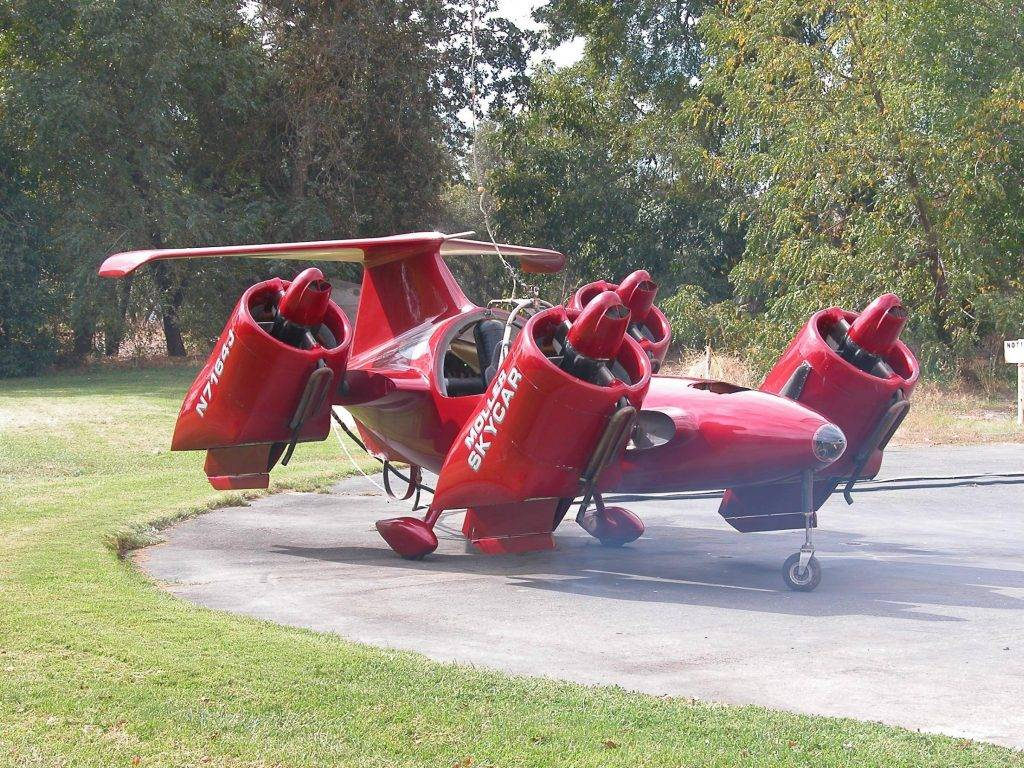 Moller Skycar похож на DeLorean тем, что в реальности тоже не летает