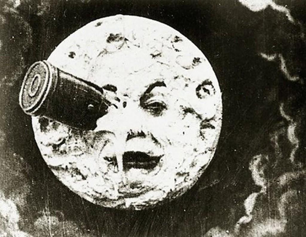 le-voyage-dans-la-lune-oeil[1]