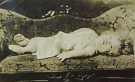Медуза ван Аллен (1908-?) всю жизнь провела в одной позе — вот в этой.