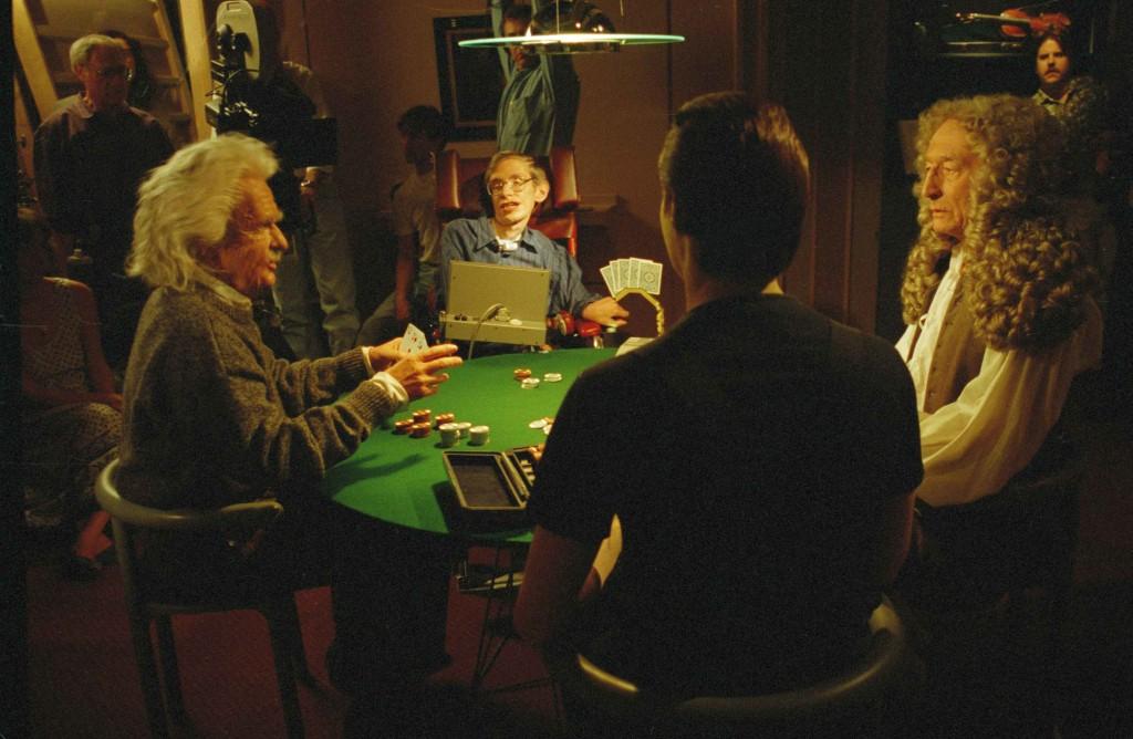 Эйнштейн на съёмочной площадке поддельный, а вот Хокинг — самый настоящий