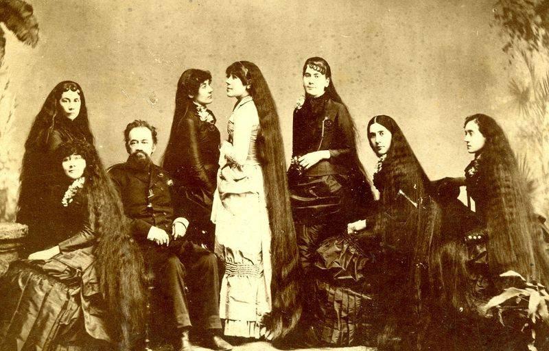 Никогда не стригшиеся семь сестёр Сазерленд блистали в цирке Барнума и Бейли в конце XIX века и сколотили огромное состояние на рекламе средств для ухода за волосами.