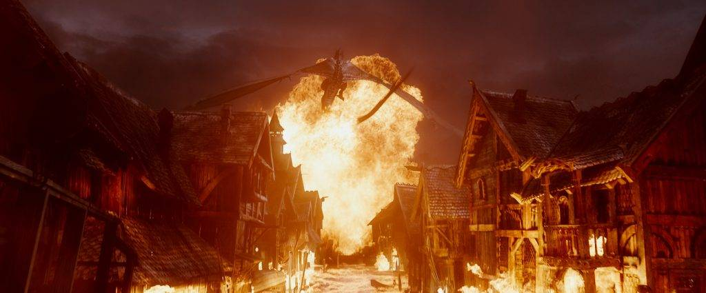 the-hobbit-the-battle-of-the-five-armies-smaug-the-hobbit-3-the-battle-of-the-5-armies-what-to-look-forward-to-jpeg-137074[1]