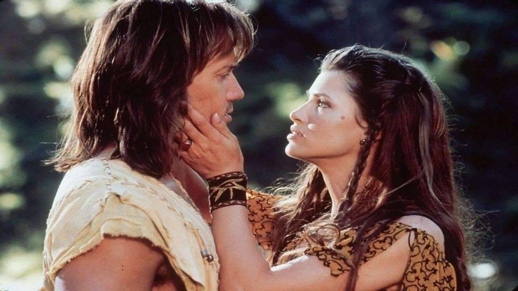 ...а Кевин Сорбо женился на Сэм Дженкинс, игравшей возлюбленную Геракла.