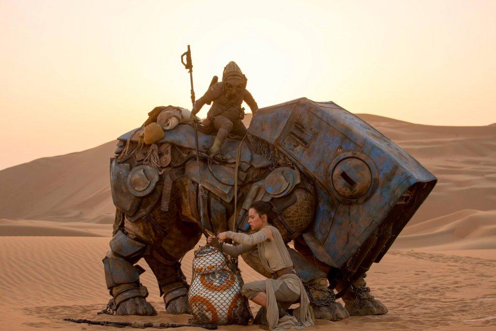 В новых «Звёздных войнах» будет не меньше удивительных инопланетян и техники, чем в оригинале.