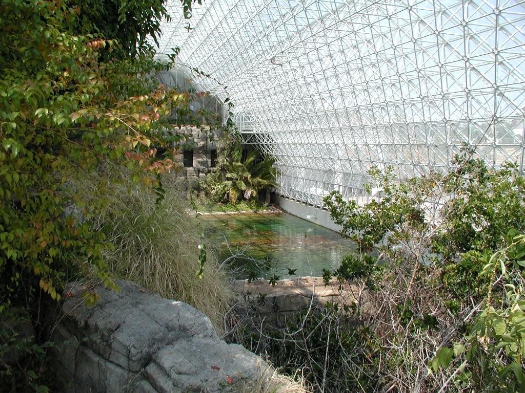 «Мир под куполом» в проекте «Биосфера-2».