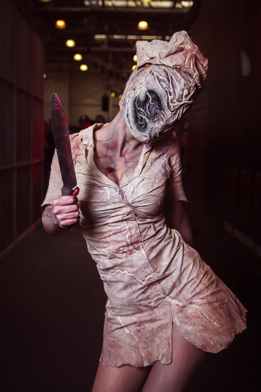 фото медсестры из сайлент хилл