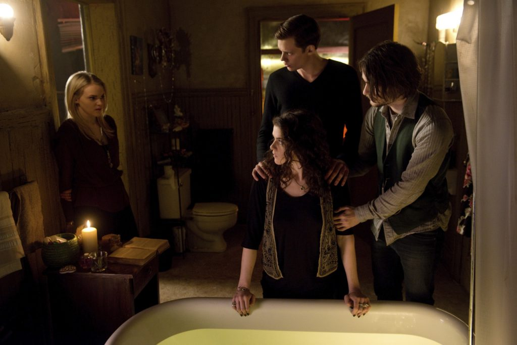 file_118777_3_hemlockgroveseason2large2 (1)