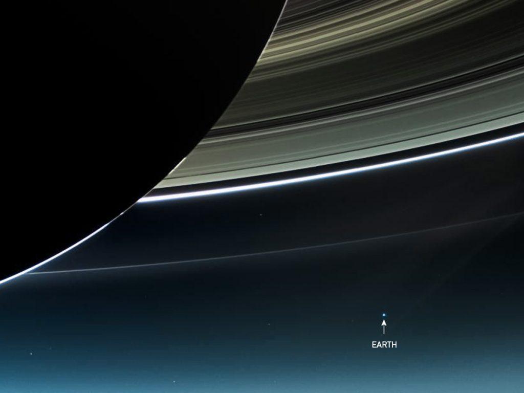 paleblue_Saturn[1]