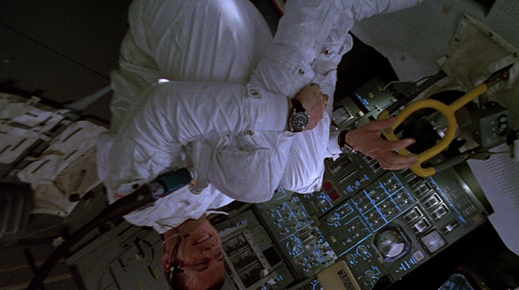 «Аполлон-13»: фильм о реальных космонавтах, снятый в реальной невесомости.