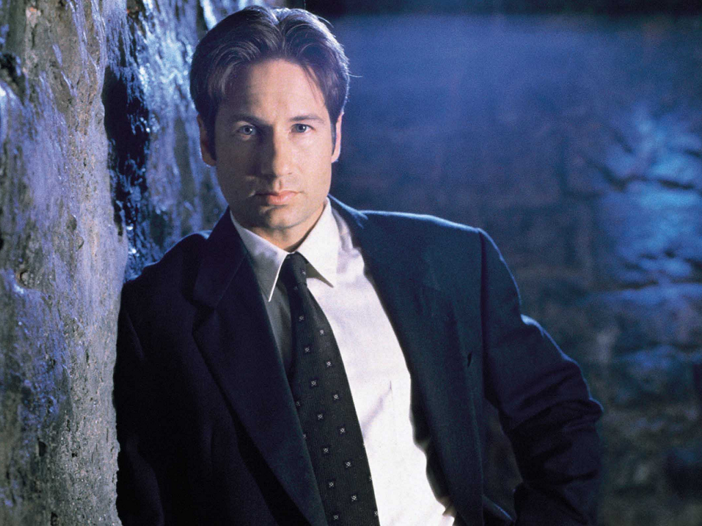 Mulder-the-x-files-25366398-1024-768[1]