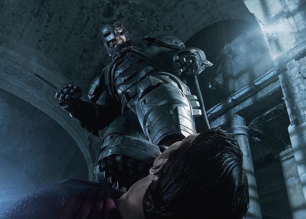 Костюм Бэтмена для боя с Суперменом Зак Снайдер позаимствовал из комикса «Возвращение Тёмного рыцаря»