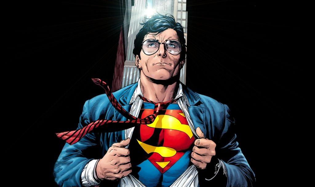 Кому нужны суперкостюмы, если можно просто снять рубашку и ринуться в бой?