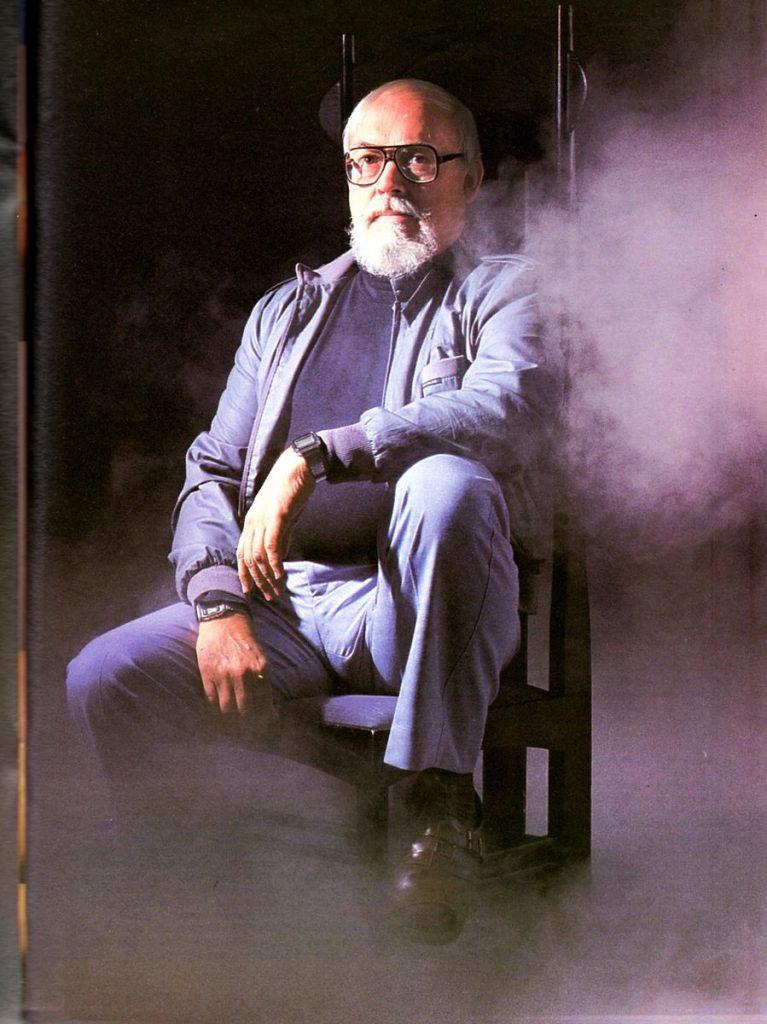 На пике карьеры Гаррисон позировал для журнала Knave, где появилось его интервью Нилу Гейману