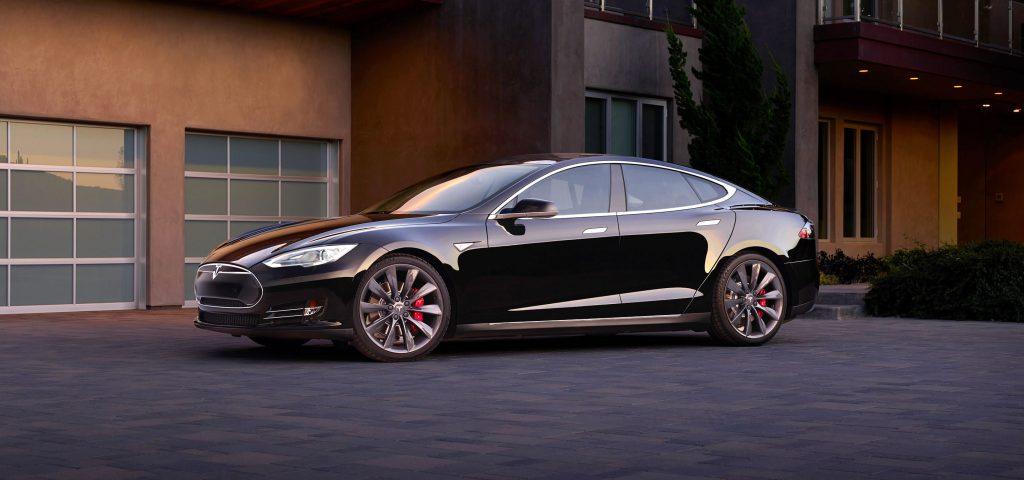 Модель S многие называют лучшим автомобилем в истории