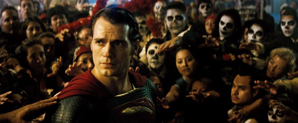 Снайдер напихал в фильм множество псевдорелигиозных аллюзий и сравнений супергероев с античными богами