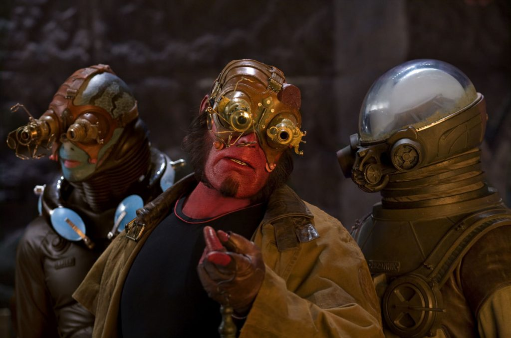 hellboy-2-golden-army[1]