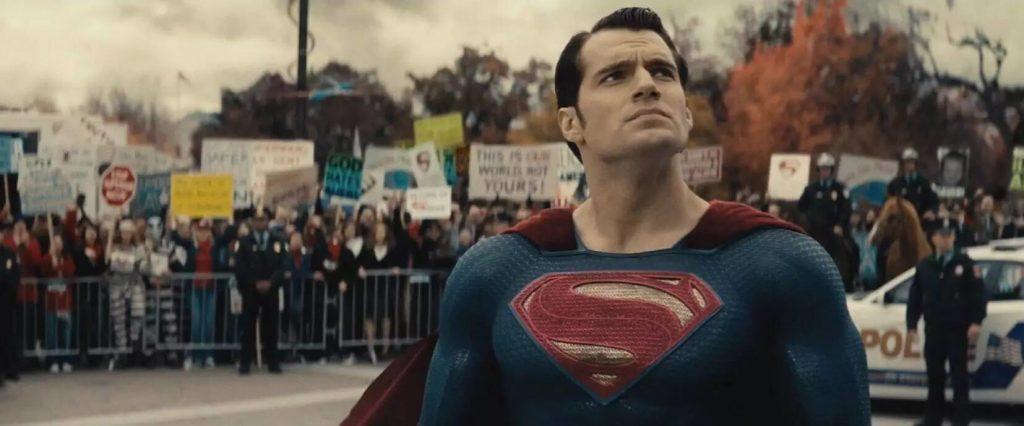 Супермен — это бог, живущий рядом с людьми