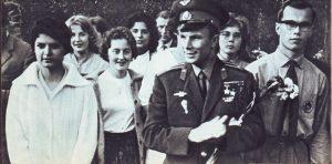 Юрий Гагарин, гражданинЗемли 7