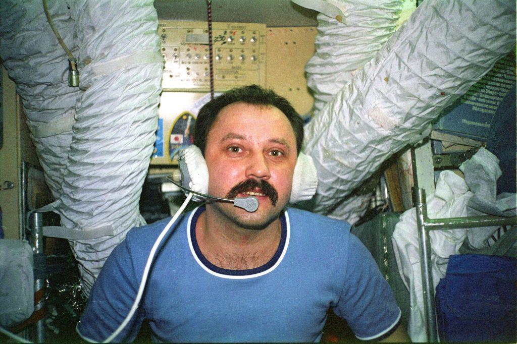 Юрий Усачёв