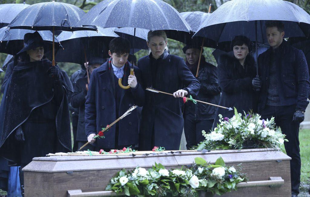 Одкажды в сказке - 5 сезон - похороны Робина