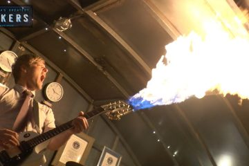 Flamethrowing Guitar & Smokin Bass