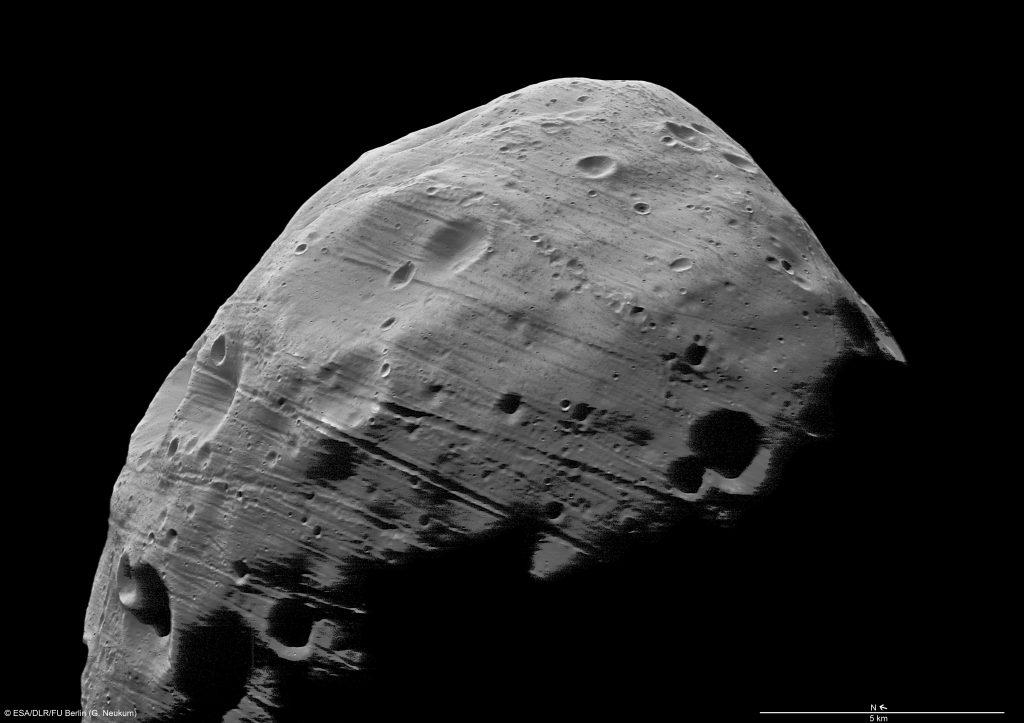 «Путешествия Гулливера», конечно, известнее трудов Кеплера, поэтому «открытие» Фобоса и Деймоса пресса вечно приписывает Свифту