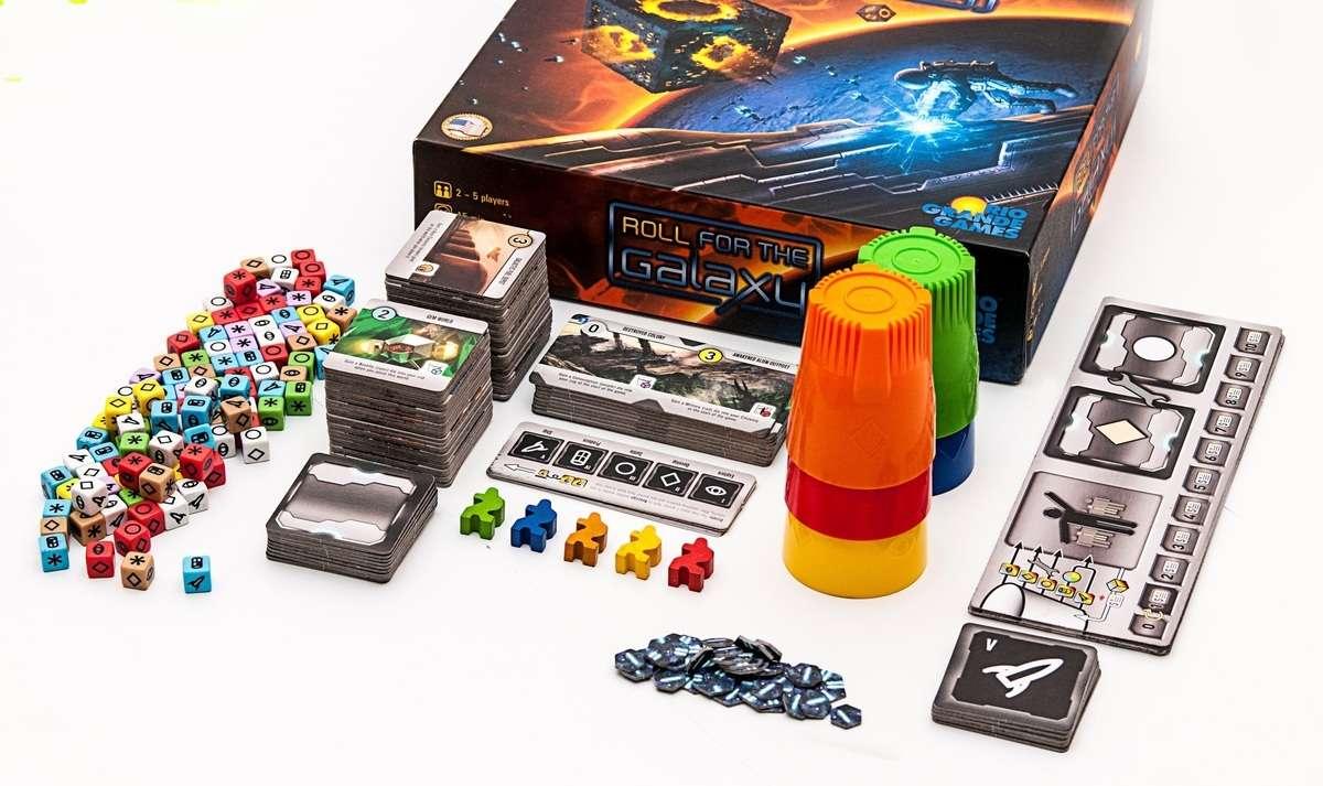 Начался проект по сбору средств на издание настольной игры «Кубарем по галактике»