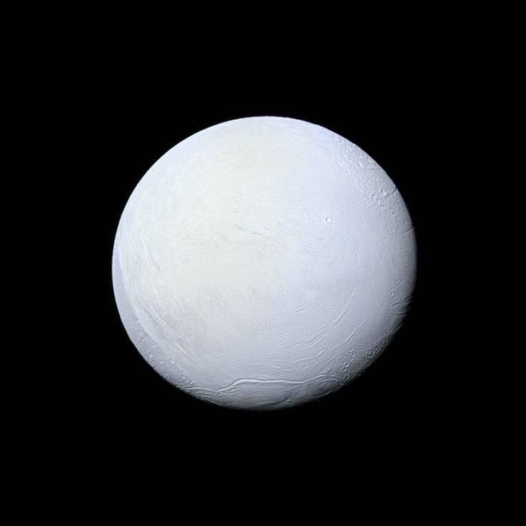 NASA: на спутнике Сатурна может быть жизнь 1