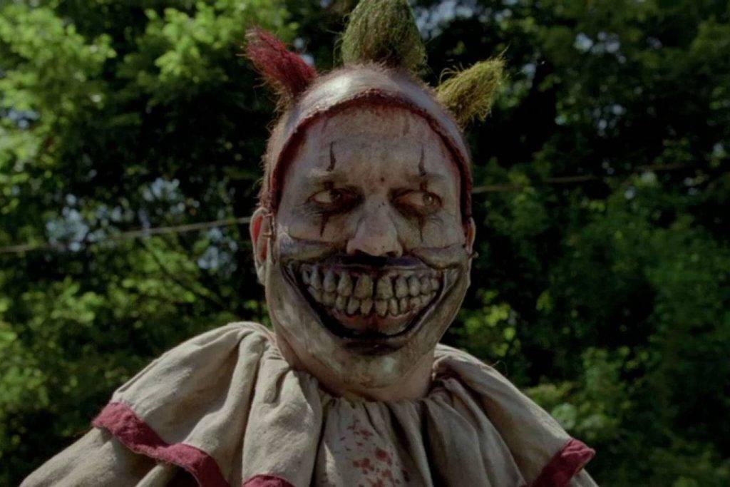 Лучшие сериалы об ужасах, вампирах и зомби