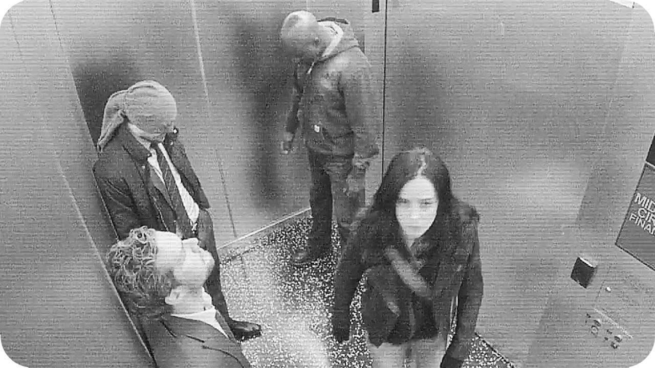 Привет, Сарик: Netflix выпустил тизер «Защитников» с героями в лифте