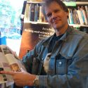 Писатель-фантаст Питер Уоттс выдвинул шуточную теорию офильме «Чужой: Завет»