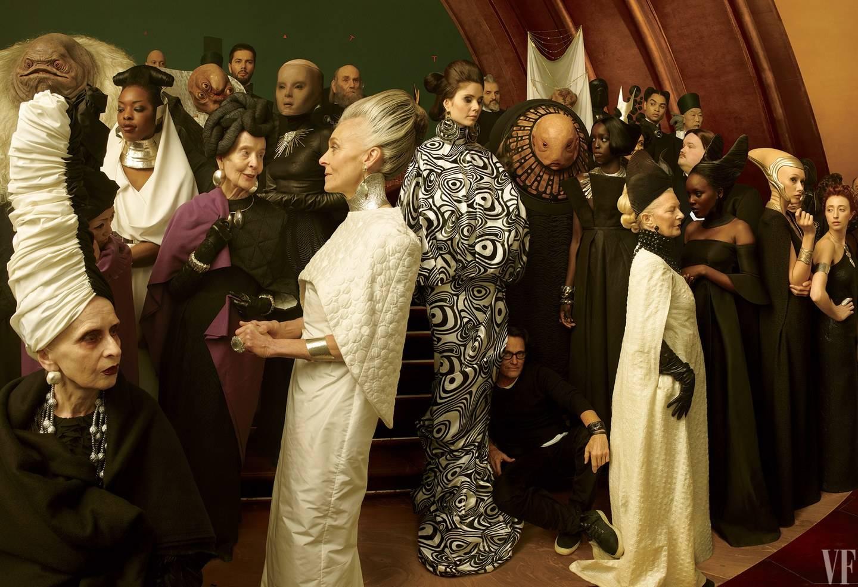 На новых фотографиях со съёмок «Последних джедаев» показали Бенисио Дель Торо 5
