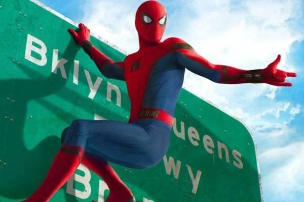 Том Холланд рассказал, что Marvel готовят трилогию про «Человека-паука»