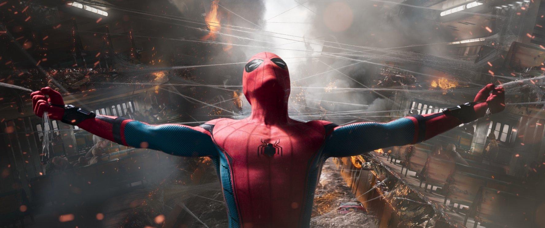 «Зрелищный фильм на один раз»: вышли первые рецензии на фильм «Человек-паук: Возвращение домой» 1