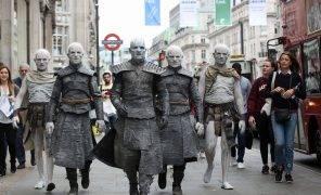 Фото: Белые ходоки из «Игры престолов» прошлись по Лондону