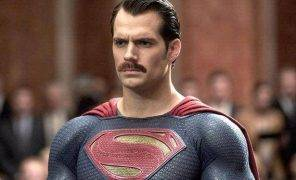 Фотожабы: все хотят увидеть усатого Супермена