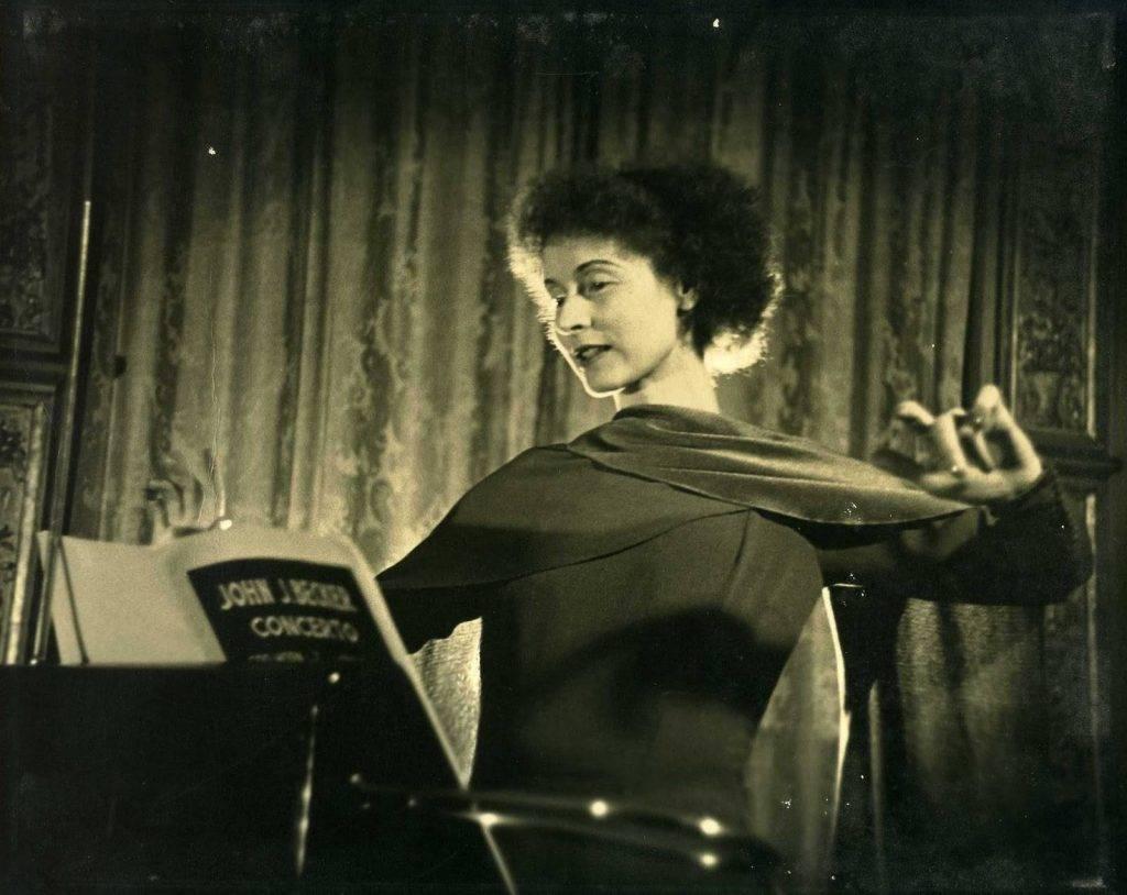 Люси Розен
