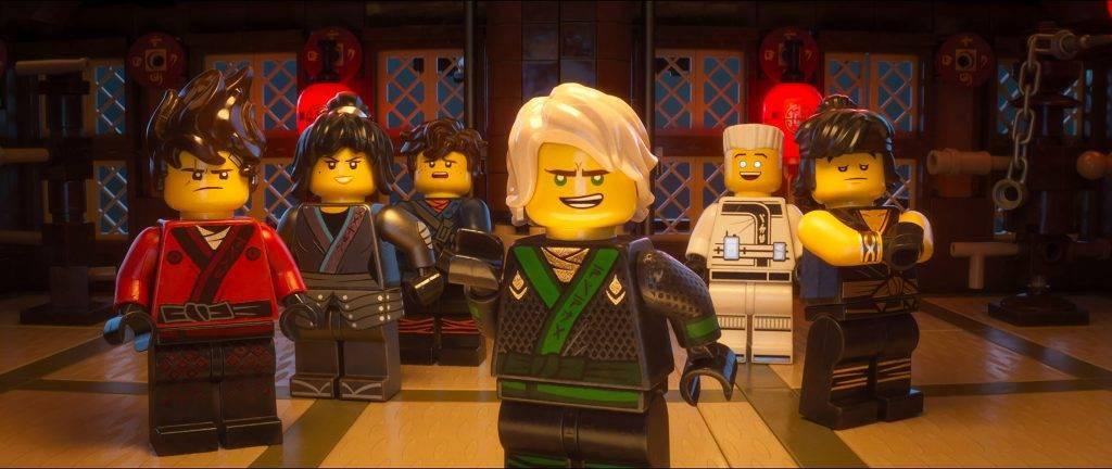 «Лего Ниндзяго Фильм»: реклама игрушек и семейных ценностей