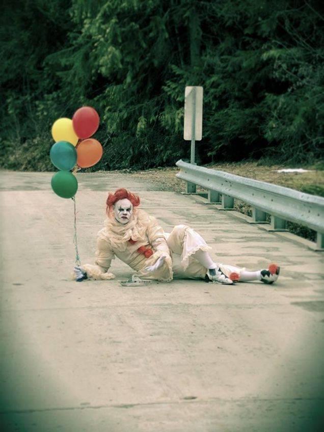 Косплей: страшные клоуны и пугающие дети из фильма «Оно» 1