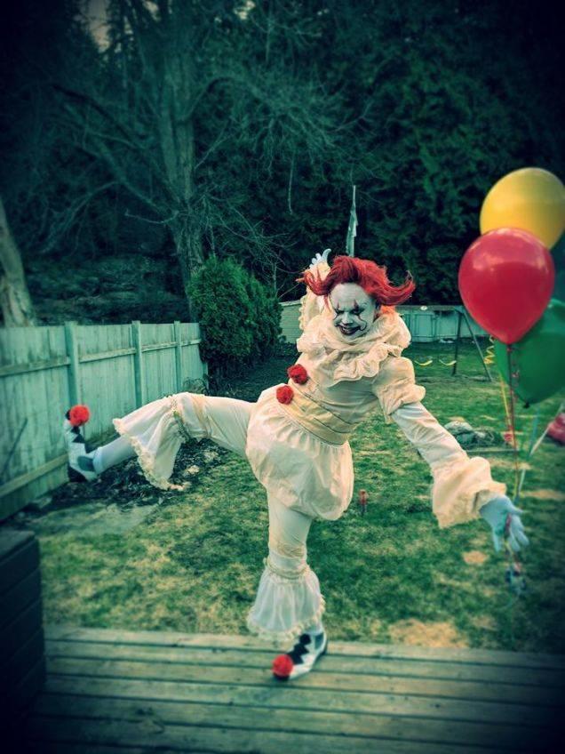 Косплей: страшные клоуны и пугающие дети из фильма «Оно» 3