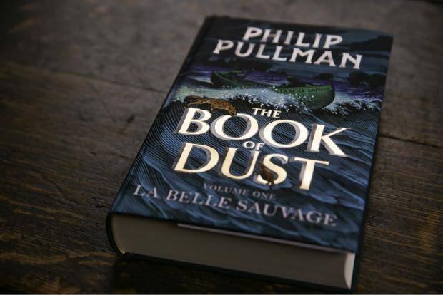 Вышел новый роман Филипа Пулмана «Книга пыли» — книга цикла «Тёмные начала»