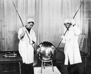 Его назвали Sputnik: история первого искусственного спутника 22