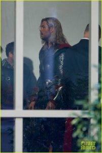 В Сеть утекли фотографии со съёмок «Мстителей 4». Почему это важно? 6