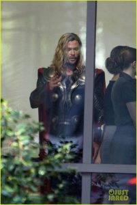 В Сеть утекли фотографии со съёмок «Мстителей 4». Почему это важно? 3