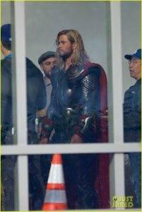 В Сеть утекли фотографии со съёмок «Мстителей 4». Почему это важно? 8