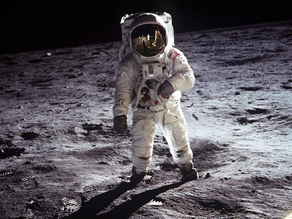 Трамп отправит астронавтов на Луну
