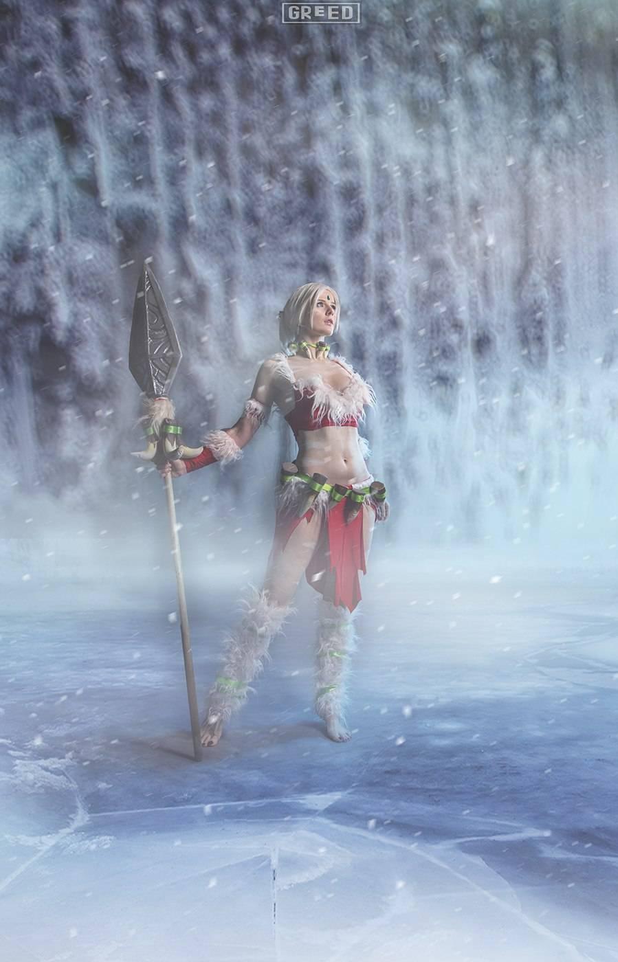 Косплей: снежный кролик Нидали из League of Legends 3