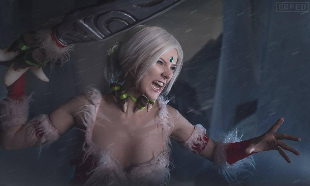 Косплей: снежный кролик Нидали из League of Legends 8