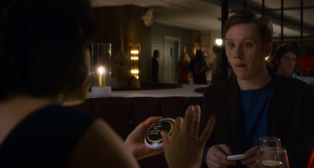 Netflix выпустил приложение для знакомств Coach из четвёртого сезона «Чёрного зеркала»
